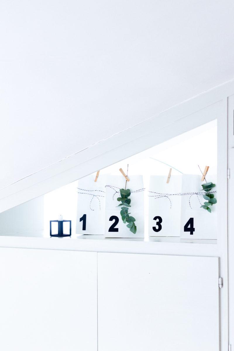 DIY  Minimalistischer Adventskalender mit vier Geschenken  | www.scandiinspiration.com