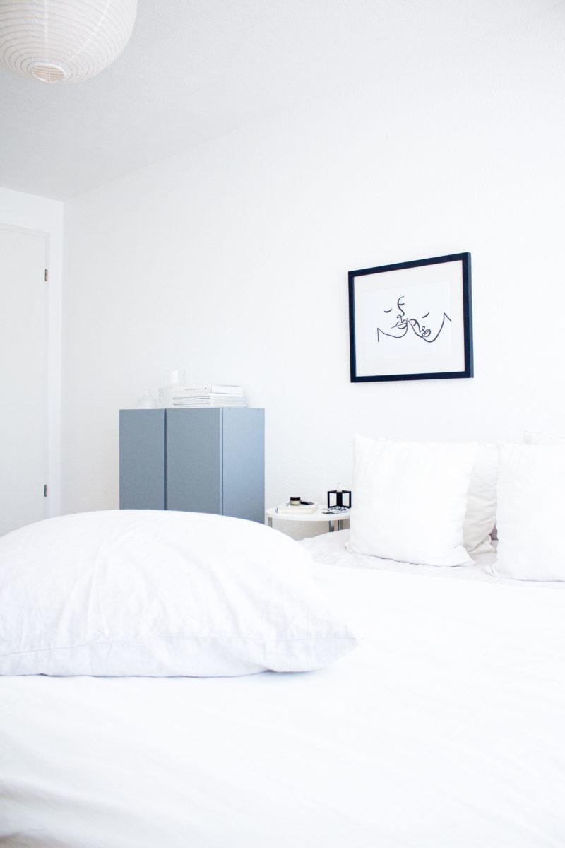 Interior | Mehr Gemütlichkeit im Schlafzimmer mit dem Green Loop Teppich | www.scandiinspiration.com